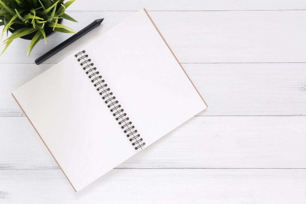 Jak napisać przekonujące podsumowanie zawodowe w CV? Career PRO Agent Kariery wspieramy w zmianach zawodowych profesjonalne CV manager szukanie pracy jak szukać pracy pomoc w szukaniu pracy dla managerów manager zmiana pracy
