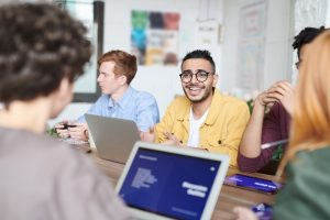 NETWORKING BIZNESOWY CO MOŻESZ ZROBIĆ LEPIEJ? Career PRO Agent Kariery wspieramy w zmianach zawodowych profesjonalne CV manager szukanie pracy jak szukać pracy pomoc w szukaniu pracy dla managerów manager zmiana pracy