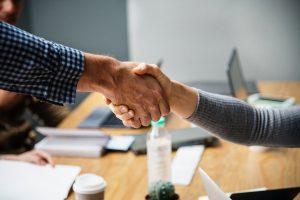 Career PRO Agent Kariery wspieramy w zmianach zawodowych profesjonalne CV manager szukanie pracy jak szukać pracy pomoc w szukaniu pracy dla managerów manager zmiana pracy