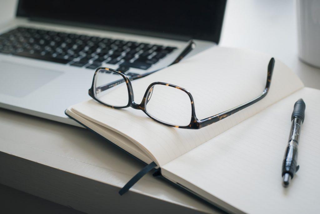 Career PRO Agent Kariery wspieramy w zmianach zawodowych profesjonalne CV manager szukanie pracy jak szukać pracy pomoc w szukaniu pracy dla managerów manager zmiana pracy jak szukać pracy jak znaleźć pracę? Manager szuka pracy szukanie pracy managera sposoby poszukiwania pracy profil linkedin managera